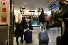 美国迎年终假期季 过节防疫陷两难